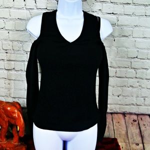 Dkny shoulder cut-out sweater